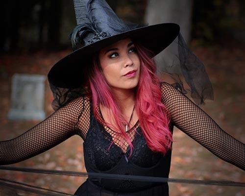 Hexen und Magier-Kostüme